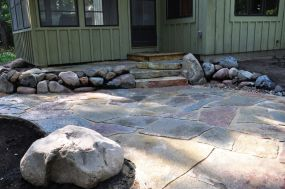 Varrying colors of Chilton stone patio