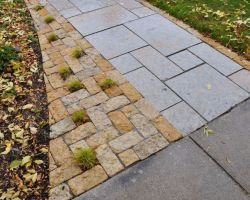 Rustic Gold Patterned Walkway Lannon Stone Cobble Accent Whitefish Bay WI  2