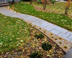 Rustic Gold Patterned Walkway Lannon Stone Cobble Accent Whitefish Bay WI  4