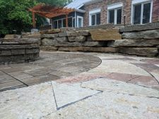 Menomonee Falls Wi Outcropping Retaining Wall Unilock Beacon Hill Inlay Rivercrest Fire Pit Flagstone Accent