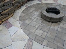 Menomonee Falls Wi Unilock Beacon Hill Inlay Rivercrest Fire Pit Flagstone Accent