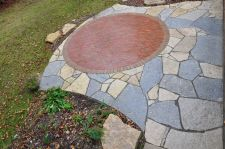 River Hills WI Two Tone Flagstone Clay Paver Inlay