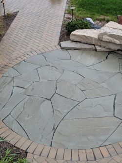 Front Walk Unilock Holland Premier Herringbone Outcropping Seat Wall  New York Bluestone Courtyard 3