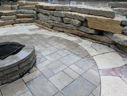 Outcropping Steps   Walls Unilock Beacon Hill Inlay Rivercrest Fire Pit Flagstone Accent