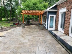 Pergola View Unilock Rivercrest Pilar Beacon Hill Paver