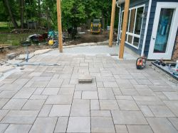 Unilock Beacon Hill Flagstone In Progress